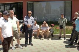 50 punonjës të shërbimit urban në Vlorë kërkojnë 'pagën e luftës'