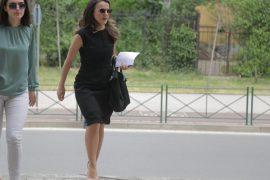Rudina Hajdari largohet nga mbledhja e Këshillit Politik