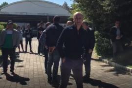 Punonjësit e Albpetrol-it në protestë kundër shkarkimeve dhe uljes së pagave