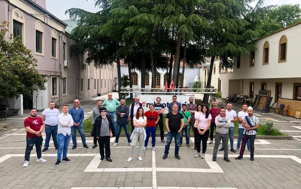 Aleanca për Mbrojtjen e Teatrit protestë përpara SPAK