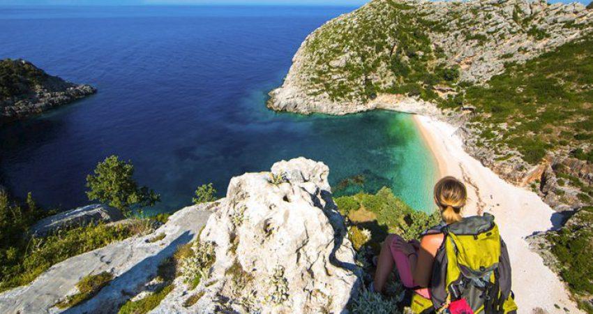 Rënia e turizmit do të godasë ashpër ekonominë shqiptare