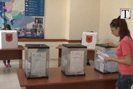 Komisioni i zgjedhjeve në UT kthehet në komision kaçak: shpall kandidatët për zgjedhjet e anulluara