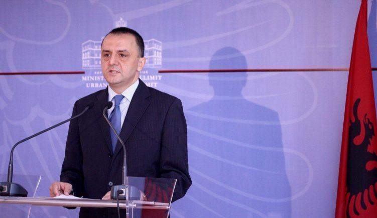 Kreu i Kadastrës, Lame: Kadastra në Vlorë nën presione kriminale