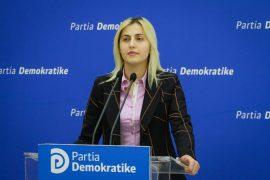 PD denoncon Bashkinë e Tiranës për korrupsion me tenderat