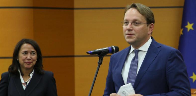 Varhelyi, ministrave të Ballkanit Perëndimor: Nëse nuk bëni reforma, nuk do të përfitoni fonde