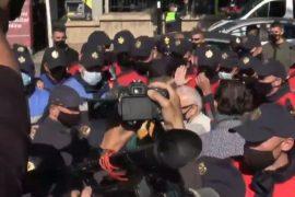 22 protestues të PDIU-së shoqërohen në polici