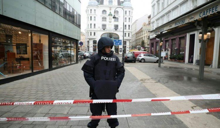 Sulmi në Vjenë, arrestohen 3 shqiptarë