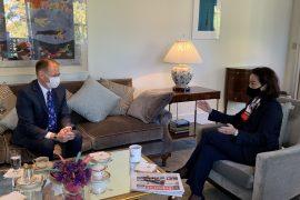 Ambasadorja Kim takon drejtorin e Doganave, Gent Gazhelin