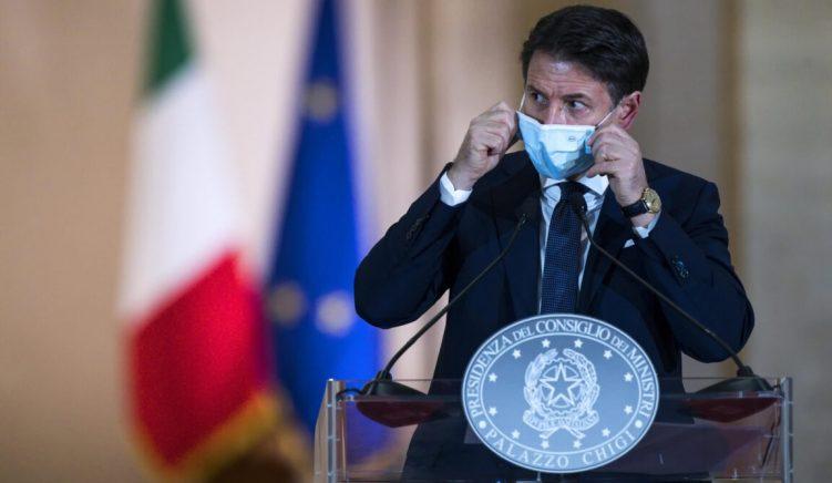 Conte dështon të tërheqë opozitën, qeveria e Italisë në udhëkryq