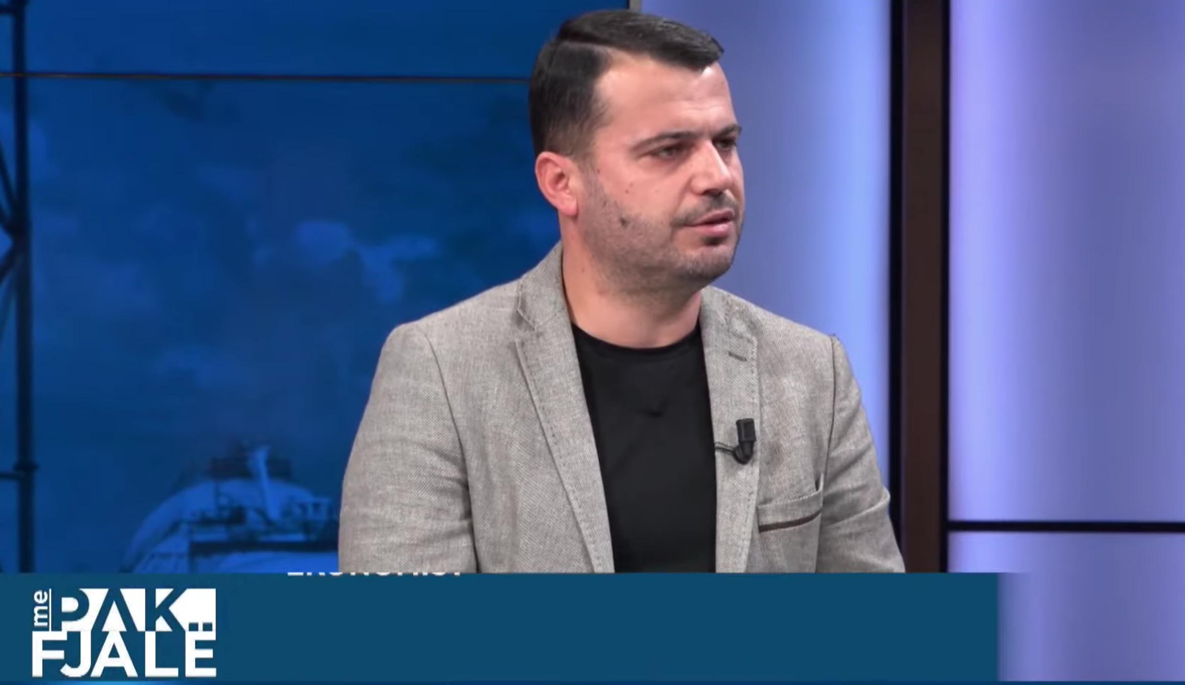 Klodian Tomorri: S'ka kuptim që qeveria të paguajë rrogat e papaguara nga privati