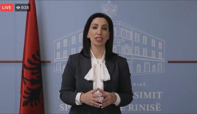 Del udhëzimi i ministrisë, nga 1 dhjetori një pjesë e mësimit do bëhet online