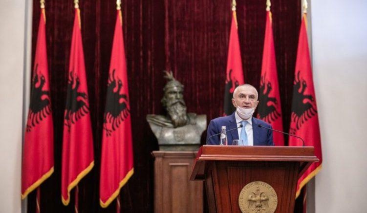 Presidenti Meta letër Manastirliut për marrjen e masave për pandeminë