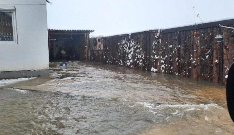 Bashkia e Durrësit raporton 380 hektarë të përmbytur