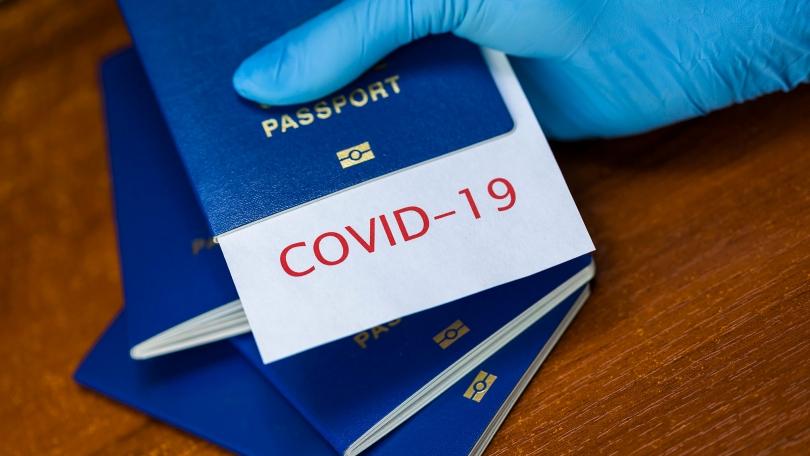 Von der Leyen mbështet 'pasaportën Covid': Lehtësime për të vaksinuarit