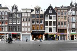 Protesta në Amsterdam kundër masave të COVID-19, policia shpërndan turmën