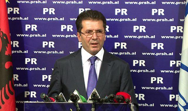 Fatmir Mediu prezanton kandidatët e PR në Fier