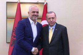 Informacionet e hartuar nga Shqipëria për qytetarët turq përdoren nga gjykatat e Ankarasë