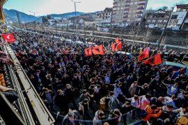 Partitë në Kosovë shkelin masat kundër Covid-19