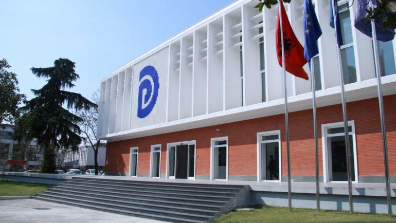 PD për çështjen Beccheti: Shqiptarët do të paguajnë 4650 lek nga xhepi