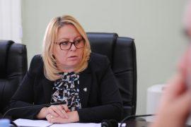 Dorëhiqet ministrja në detyrë e Financave në Kosovë