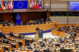 BE: Linjat ajrore t'u kërkojnë pasagjerëve çertifikatë imuniteti