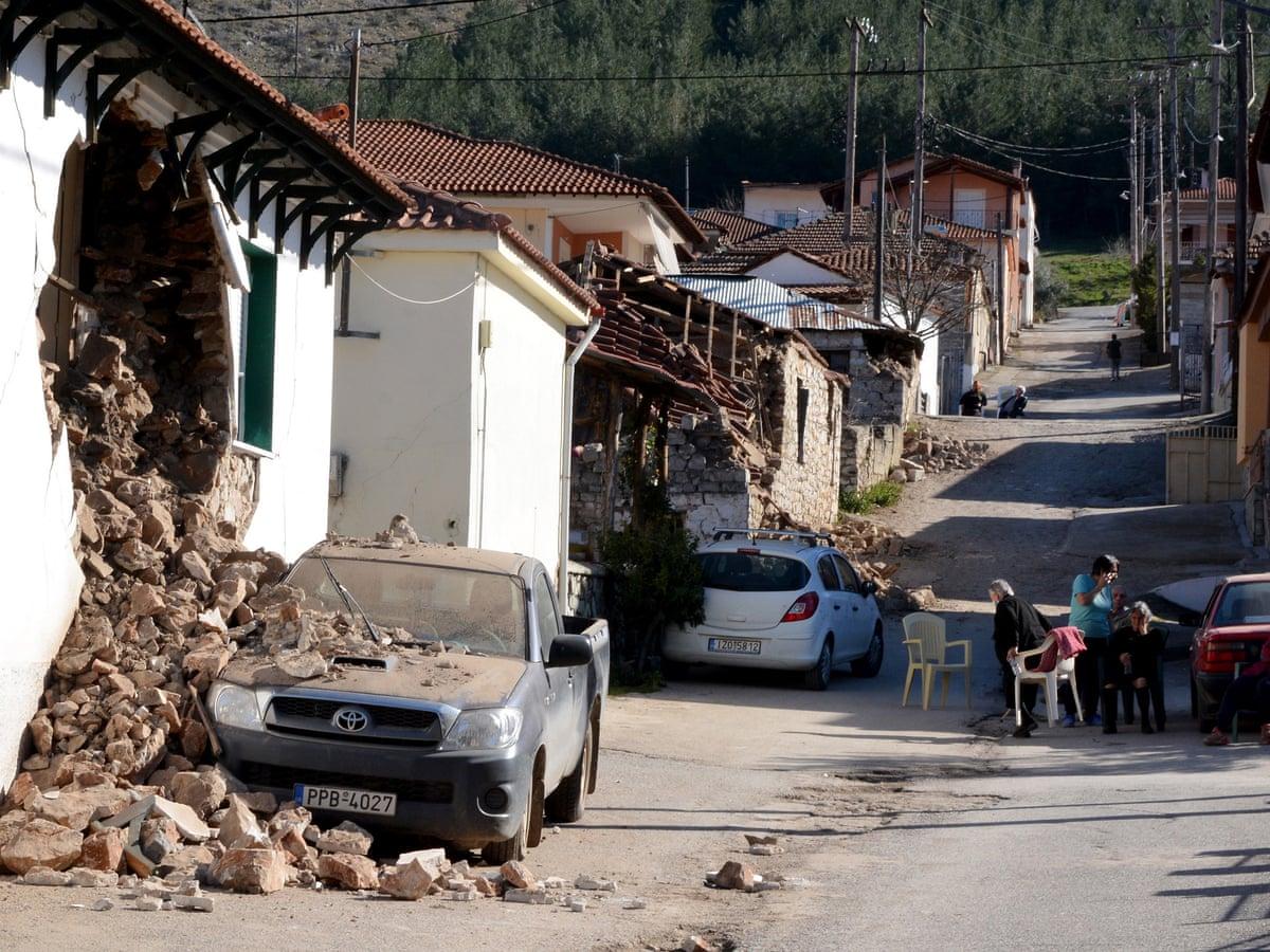 Rreth 900 shtëpi të pabanueshme pas tërmetit në Greqi