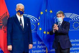 David Sassoli vlerëson së Shqipëria po zbaton reformat kyçe për integrimin në BE