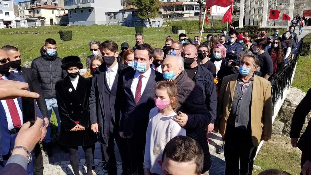 Albin Kurti dhe politikan shqiptar nga Maqedonia e Veriut, Malit të Zi e Preshevës përkujtojnë Besëlidhjen Shqiptare në Lezhë