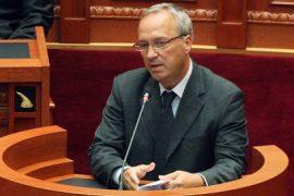 Deputeti socialist Besnik Baraj ka njoftuar largimin nga politika