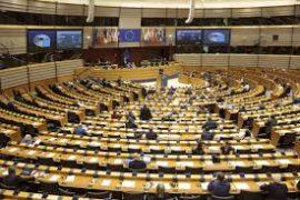 Miratohet rezoluta për Shqipërinë: 15 kushte për çeljen e negociatave, midis të cilave hetimi i blerjes së votave