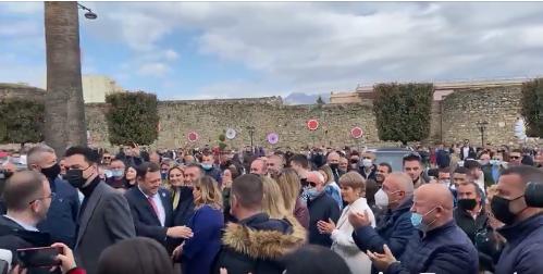 Basha dhe Rama 'përplasen' gjatë vizitës në Elbasan